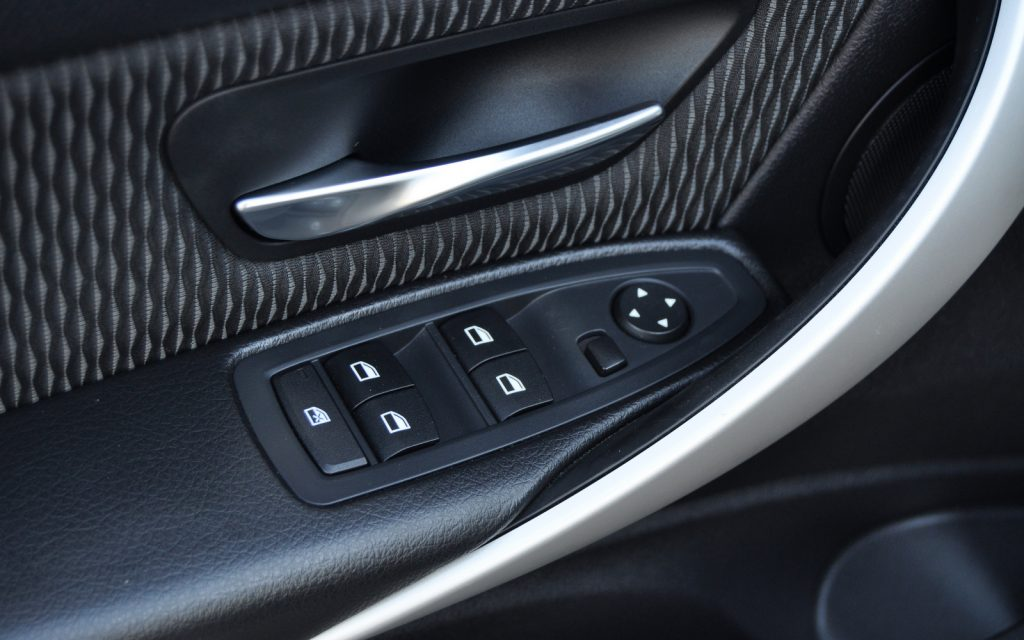 BMW 318 d Efficient Dynamics Aut
